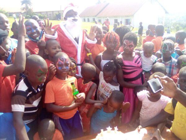 Weihnachtsfeier in Uganda